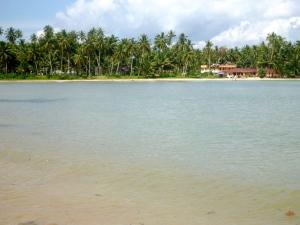 Lagundri Beach